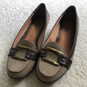 Life Stride Loafers. Sz 9.